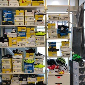 Scapre bici da strada e bici da corsa - Abbigliamento sportivo bici - RMC negozio di bici Villafranca Verona