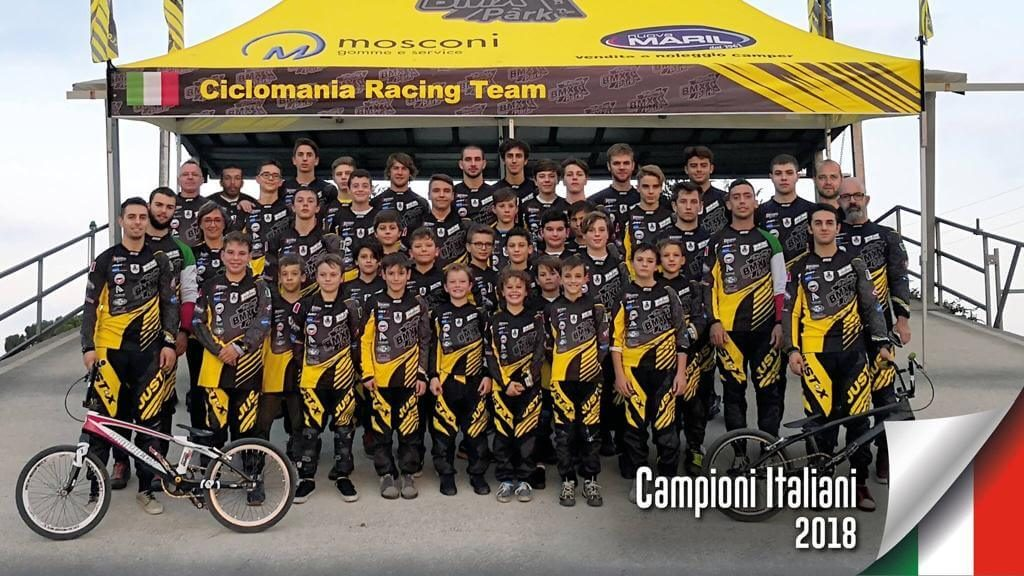 Squadra di bmx Ciclomania Racing Team - Bmx Park - RMC negozio bici villafranca Verona