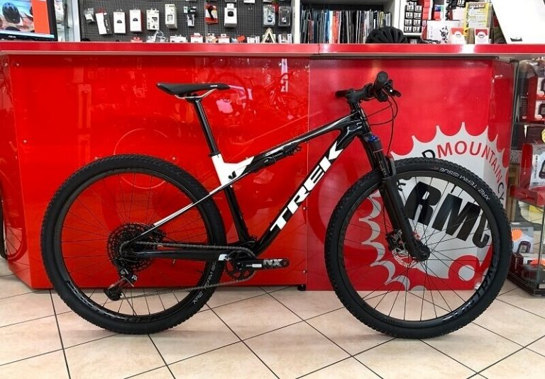 Trek SUPERCALIBER NX 9.7 2020 - MTB Bici Mountain Bike Verona - Colore bianca e nera