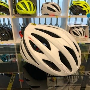 Mavic Aksium Elite Bianco. Casco bici da strada. Caschi bici da corsa. RMC negozio bici Verona