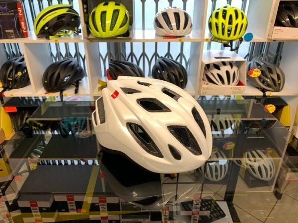 Met Espresso Bianco. Casco bici da strada. Caschi bici da corsa. RMC negozio bici Verona