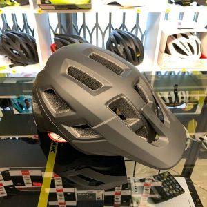 Lazer Coyote Nero - Casco MTB. Caschi bici Mountain Bike. RMC negozio biciclette Verona