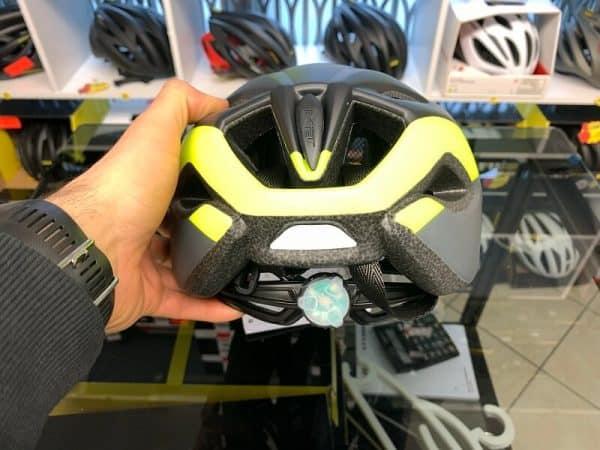 Met Crossover Giallo_Nero con LUCE POSTERIORE- Casco MTB. Caschi bici Mountain Bike. RMC negozio biciclette Verona