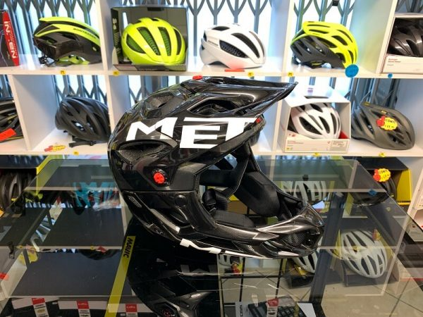 Met Parachute Integrale leggero - Casco MTB. Caschi bici Mountain Bike. RMC negozio biciclette Verona