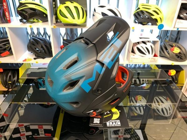 Met Parachute MIPS - Casco MTB. Caschi bici Mountain Bike. RMC negozio biciclette Verona