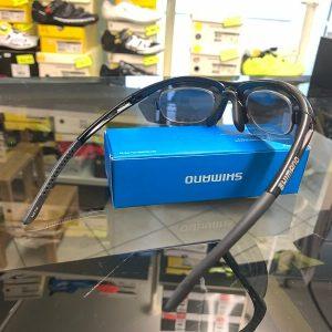 Occhiale Shimano Clip - Accessori per andar in giro in bici. RMC negozio biciclette Verona