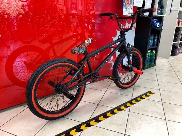 "Bmx Freestyle 20"" Mbm UNO nera. Bici bmx freestyle a Verona - RMC negozio di biciclette a Verona"