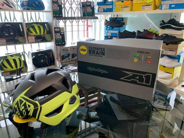 Casco Troy Lee Designs A1 MIPS giallo Enduro, MTB Verona
