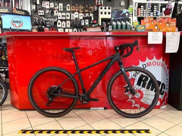 Gravel CARBONIO DarKing Savana. Bici da strada Verona. Bici da corsa. RMC negozio biciclette Verona