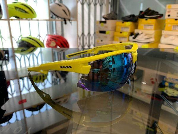 Occhiale bici Kayak giallo. Accessori per andar in giro in bici. RMC negozio biciclette Verona