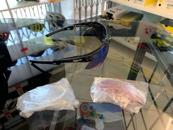 Occhiale bici Kayak nero. Accessori per andar in giro in bici. RMC negozio biciclette Verona