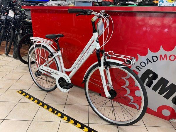 Torpado Navigator Bianca donna City Bike Verona. Bici per città. RMC negozio di biciclette.
