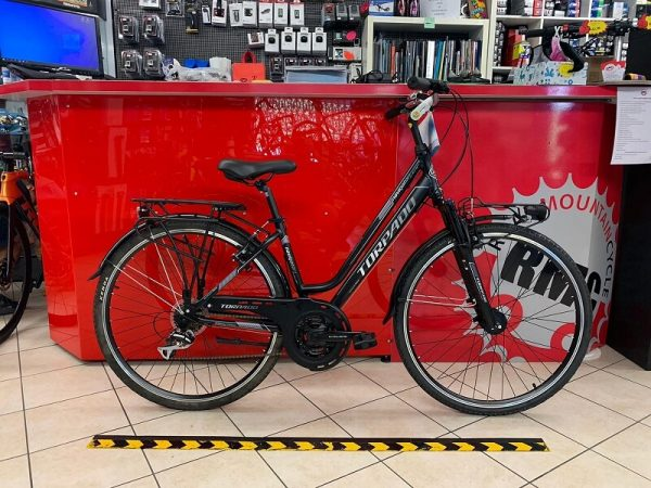 Torpado Navigator Nera donna City Bike Verona. Bici per città. RMC negozio di biciclette