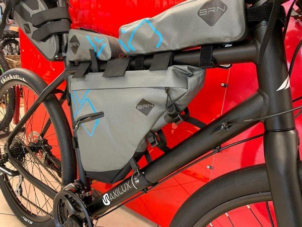 Kit Borse viaggio bici. Accessori per bici clette Verona. RMC negozio di bici Villafranca Verona