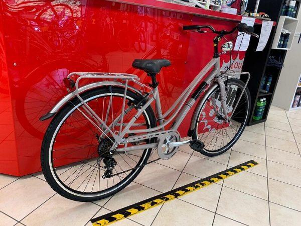 "Montana Luna Piena 28"" grigia donna City Bike Verona. Bici per città. RMC negozio di biciclette"