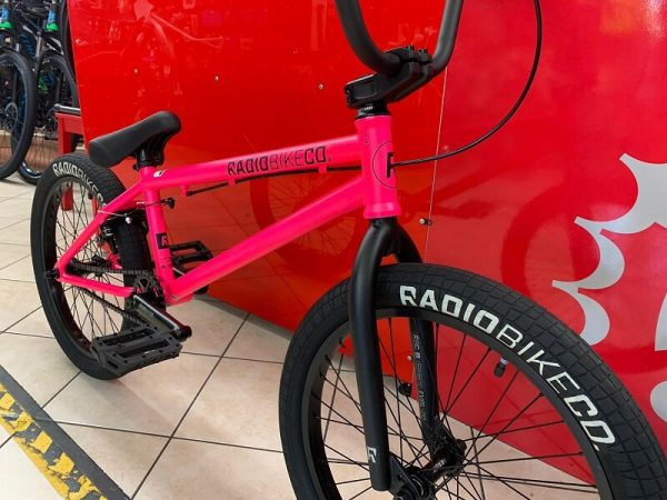 RADIO BMX Freestyle, street e dirt. Bici bmx freestyle a Verona. RMC negozio di biciclette a Verona
