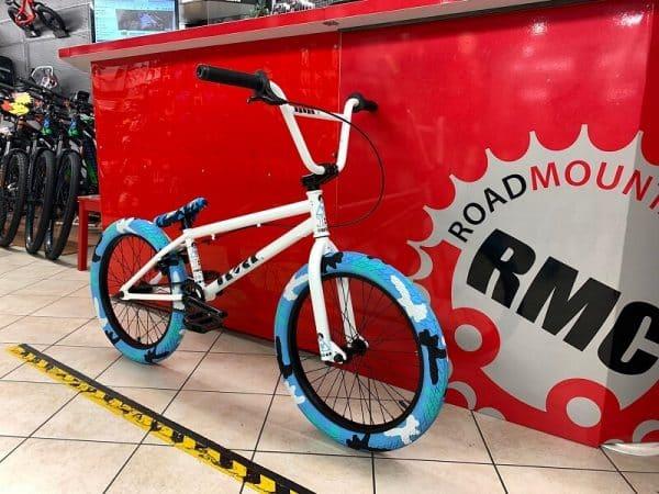 "Bmx Freestyle 20"" bianca. Bici bmx freestyle a Verona. RMC negozio di biciclette ragazzo a Verona"