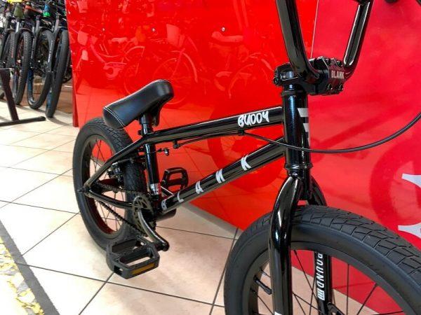 "Bmx Street 16"" nera. Bmx Street Verona. Bicicletta BMX Verona. RMC negozio di bici Verona"