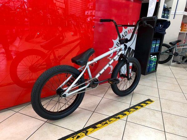 """Bmx Street 18"""" grigio. Bmx Street Verona. Bicicletta BMX Verona. RMC negozio di bici Verona"""
