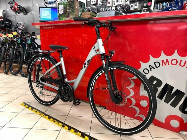 Raymon Tourray 3.0 Trekking City Bike Verona. Bici per città. RMC negozio di biciclette. Trekking
