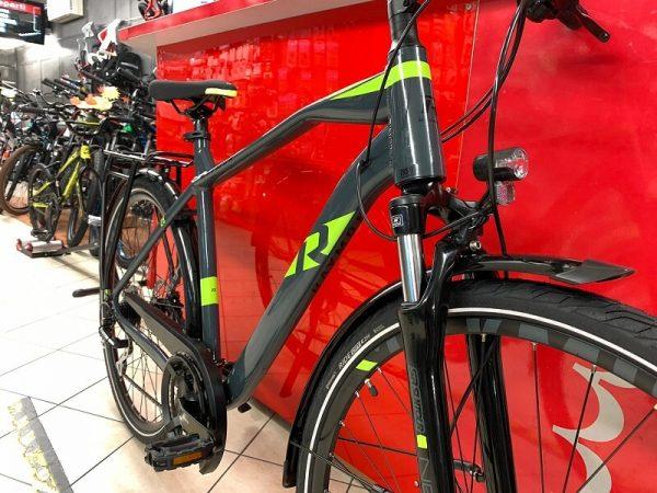 Raymon Tourray 3.0 uomo Trekking City Bike Verona. Bici per città. RMC negozio di biciclette