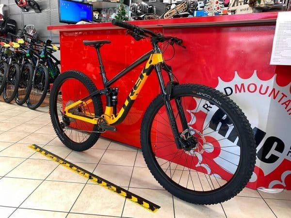 Trek Fuel Ex 5 2021 bi ammortizzata. Bici MTB Mountain Bike Verona. RMC negozio di biciclette Verona