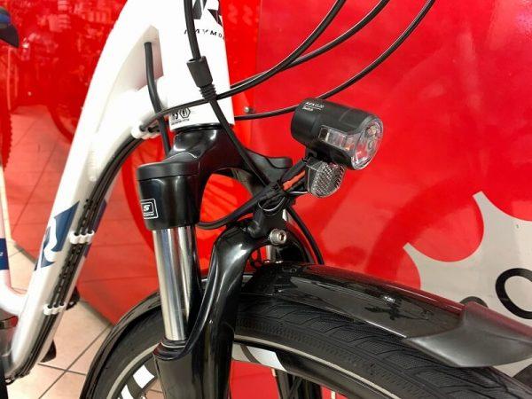 Raymon Tourray 2.0 donna bianca. City Bike Verona. Bici per città. RMC negozio di biciclette