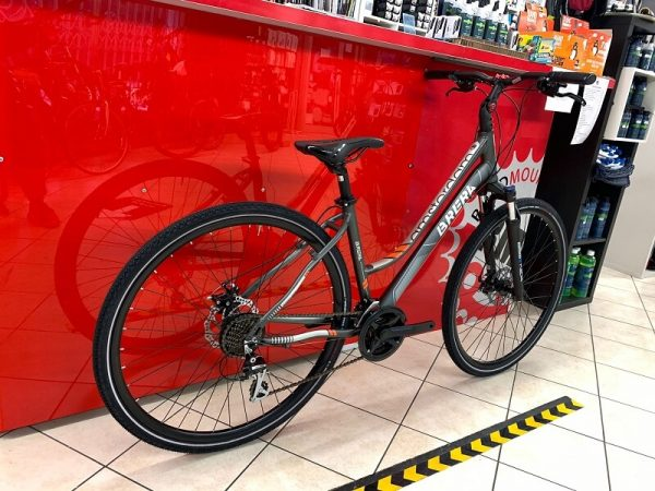 Brera Amsterdam Trekking donna grigia. City Bike Verona. Bici per città. RMC negozio di biciclette