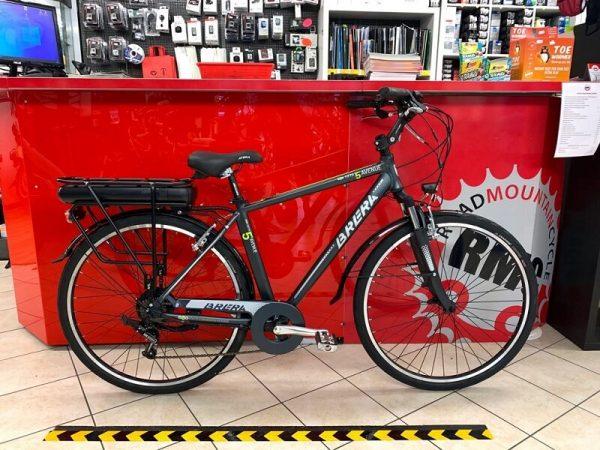 """Brera Elettrica uomo 28"""". Bici Elettrica Verona. City E-bike bicicletta. RMC negozio di bici Verona"""