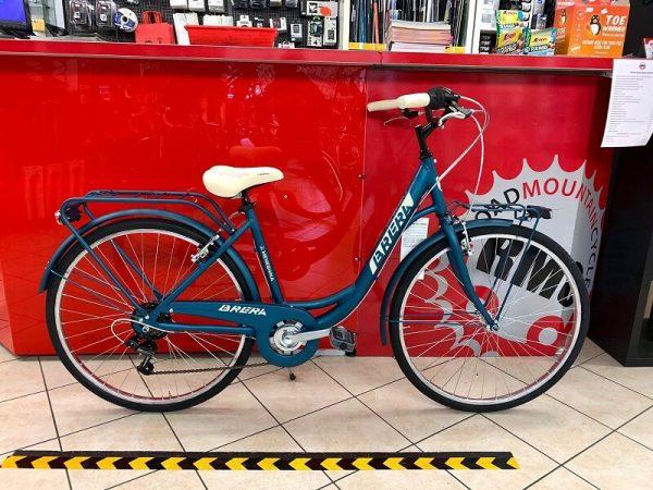 """Brera Meneghina 26"""" blu. City Bike donna a Verona. Bici per città. RMC negozio biciclette a Verona"""