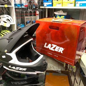 Casco LAZER Integrale nero. Casco BMX e MTB Downhill Verona. Accessori e protezioni bici