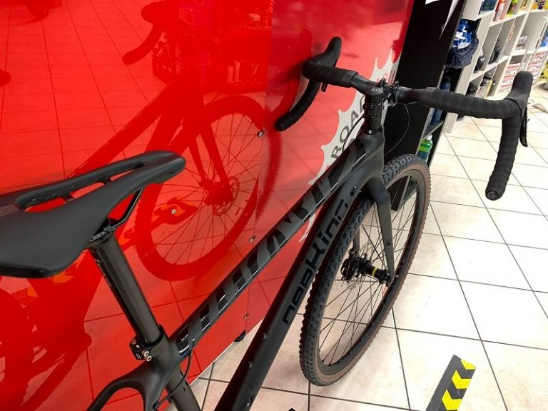 Gravel CARBONIO DarKing 2.0. Bici da strada Verona. Bici da corsa. RMC negozio di biciclette Verona