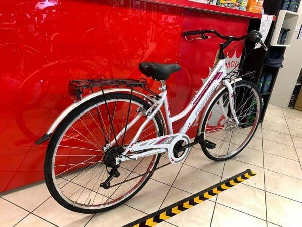 """Rollmar City 28"""" bianca. City Bike donna a Verona. Bici per città. RMC negozio biciclette Verona"""