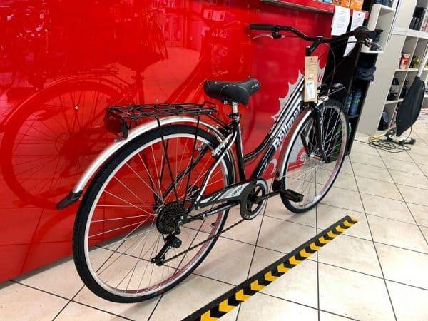 "Rollmar City 28"" nera. City Bike donna a Verona. Bici per città. RMC negozio biciclette Verona"