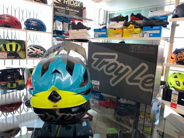 Casco Troy Lee Designs STAGE Nova Enduro. Casco MTB Enduro Verona. Accessori e protezioni bici