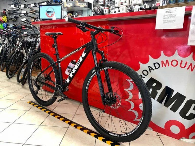 Trek Marlin personalizzata 4.0. MTB Mountain Bike Verona. RMC negozio di bici a Verona