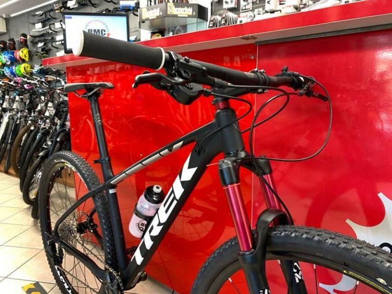 Trek Marlin personalizzata. MTB Mountain Bike Verona. RMC negozio di bici a Verona