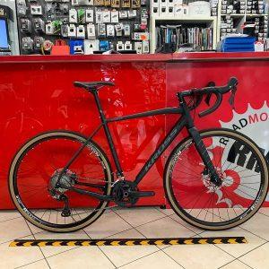 Bici Gravel Kross Esker 6.0. Bicicletta da strada Verona. Bici da corsa