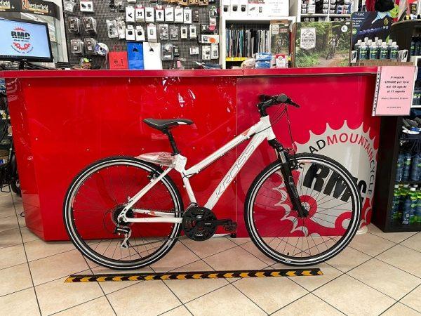 Bici Trekking Kross donna. City Bike Verona. Bicicletta per città