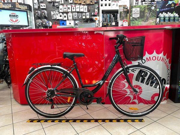 Ultra Acciaio. Bicicletta City Bike Verona. Bici per città