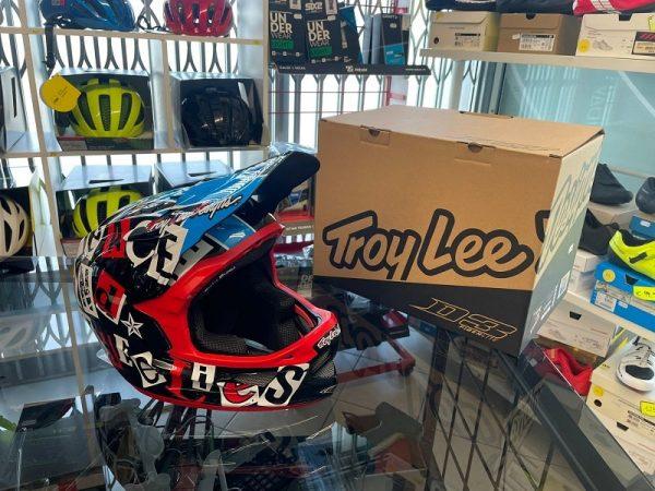 Casco Troy Lee Designs D3 anarchy black. Protezioni per BMX e MTB DH Downhill Verona